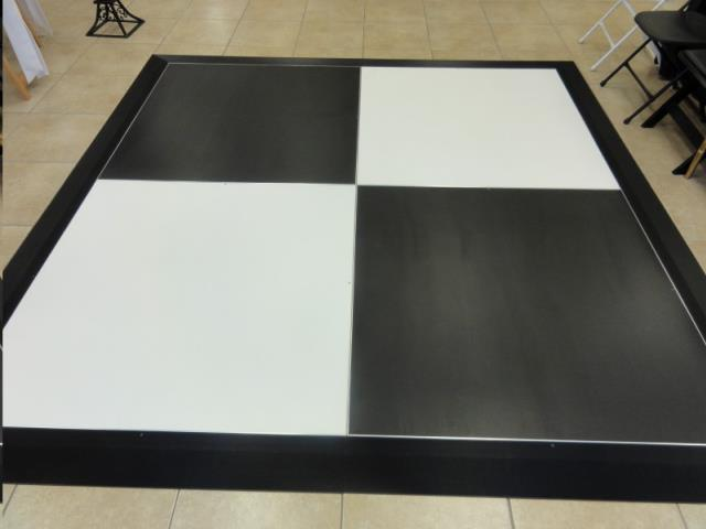 Where to find BLACK   DANCE FLOOR  4 x 4   1 PIECE in Kingsport