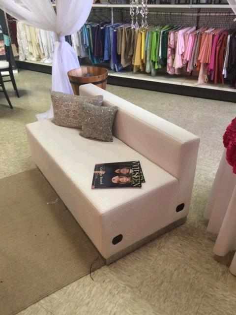 Where to find WHITE  LEATHER  LOVESEAT   STRAIGHT in Kingsport