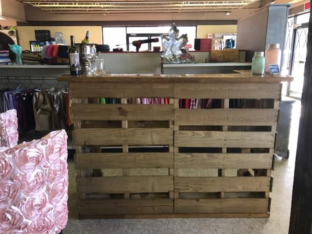 Where to find RUSTIC  PALLET  BAR    4  X 5 11 X 2.2 in Kingsport