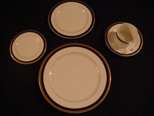 Where to find PLATE, SALAD  GOLD   BLACK  TRIM in Kingsport