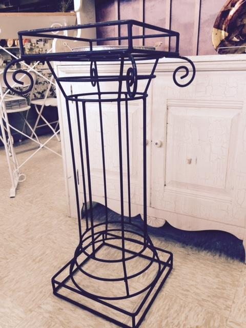 Where to find GRECIAN  BLACK IRON  PLANT STAND  36 in Kingsport